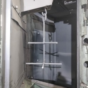 Jato de Gancheira marca TRAGFAHIGKEIT CAPACIDADE 500Kg, com 2 turbinas de 10 CV 2